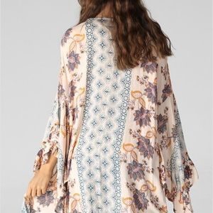 Angie Other - Bell Sleeve Kimono